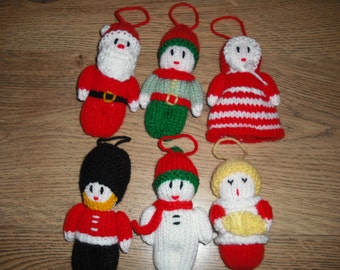 Four Hand Knitted Christmas Tree De corations (Soldier/Santa/Snowman ...