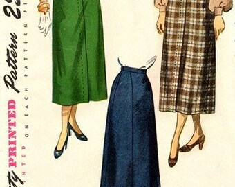 Simplicity 2624 Graceful Skirt for Any Occasion / ca. 1948 / WAIST28 UNCUT