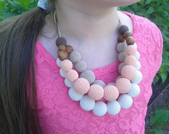 Crochet necklace.Ecofrendly.Natural necklace.Crochet jewelry.Applewood.
