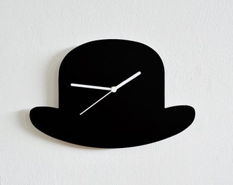 Old Fashioned Men Hat Vintage Silhouette - Wall Clock