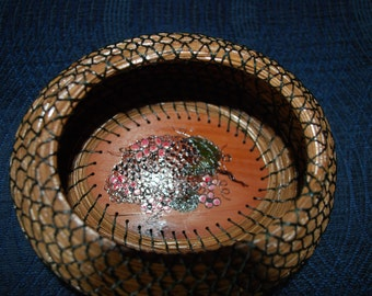 "Pine Needle Basket  ""Berenger"""