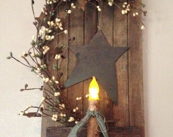 Tobacco Wood Shutter with Candle and Berries - Coffee Bean