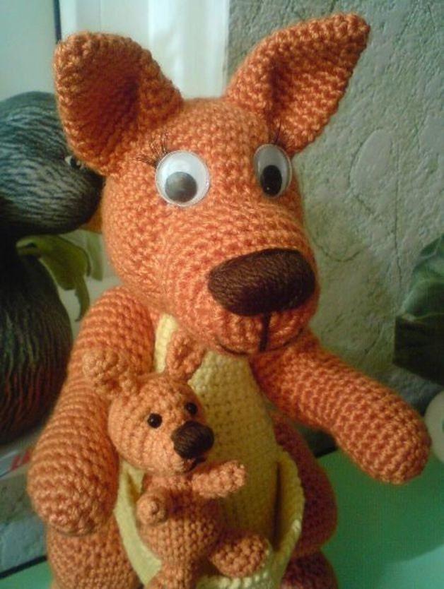 Amigurumi Kangaroo : 001 Kangaroo with a Baby Amigurumi crochet pattern PDF