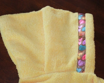 Butterfly Hooded Towel, Yellow or Purple - For babies, toddlers, preschoolers and beyond!