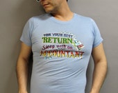 "Sleep with an ACCOUNTANT ""JOHN"" Vintage 1970's 80's GLITTER Iron On Hipster Tee Shirt size Medium"