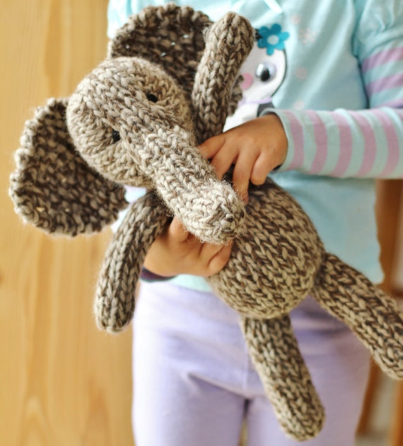 Olwyn the Elephant knitting pattern PDF by Yarnigans on Etsy