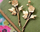 Golden Flower Bobby Pin Set of Two
