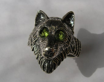 Sterling Silver Timber Wolf Ring With Peridot Eyes