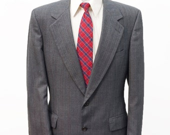 Men's Suit / Vintage Grey Blazer and Trousers by Bill Blass / Size 42-32