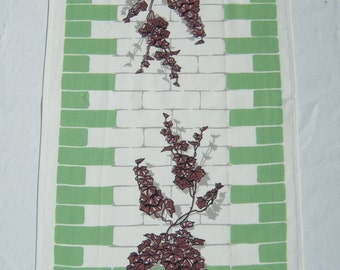 Vintage Towel Ivy Leaves on the Green Wall