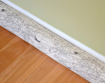 MAP Door Draft Blocker Cover - Air Traffic World Map Natural - Aviator - Draught excluder - Window Wind Stopper - Can be customized