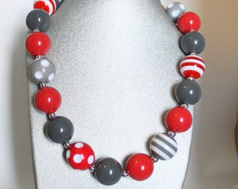 Ohio State Chunky Bubble Gum Necklace and Bracelet, Buckeye Necklace and Bracelet, Little Girls Buckeye Necklace, Children's Buckeye Jewelry