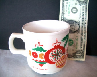 Vintage Christmas Mug With Ornament Design 1977  Lillian Vernon