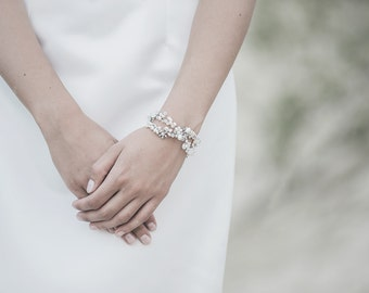 Wedding Bracelet , Ivory Freshwater Pearl Bracelet, Cuff Bracelet, Bridal Bracelet , White Opal Swarosvki Bracelet ,Wedding Jewelry