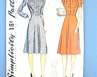 Vintage 1930s dress sewing pattern  Simplicity 3670 fits bust 36 and hip 39 inches.