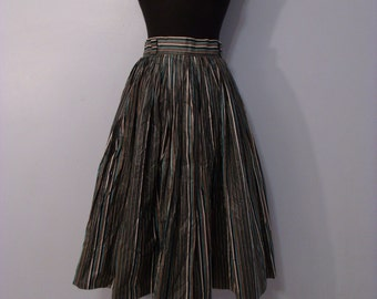 1950s Striped polished cotton skirt, full skirt. Full circle skirt with belt loops