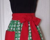APRON Vintage Inspired Christmas Holiday Santa Claus Half Apron