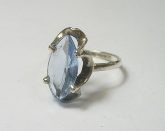 Size 7 - Vintage sterling silver ring with pale blue glass stone - Mexico