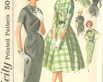 Vintage 50s Sewing Pattern / Simplicity 2646 / Dress / Size 14 Bust 34