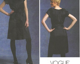 Vogue 1120 / Designer Sewing Pattern By Donna Karan DKNY / Dress / Sizes 6 8 10 12
