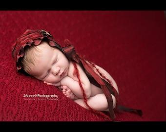 Newborn Bonnet. Red. Fabric Bonnet. Valentine. Christmas Bonnet. Child. Baby Girl. Photogpraphy Prop. Vintage Style.SAVANNAH. Tolola Design