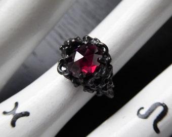 Sea Witch II Ring - Garnet