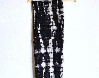 Pattern Scarf - Black Fractal Stone Cotton Jersey