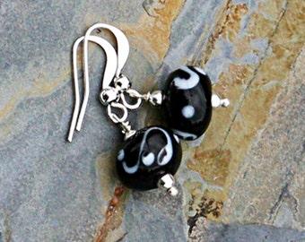Black and White Earrings, Graphic Earrings, Handmade Earrings, Glass Earrings, Beaded Earrings, Neutral Earrings, Trendy Earrings