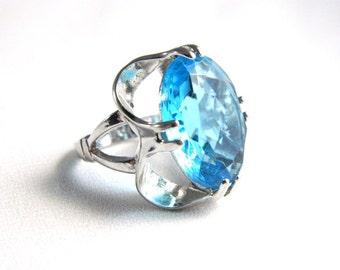 Vintage 14K HGE Blue Topaz Ring - 4 ctw - Faceted Oval glass - Vargas - Signed - Size 4