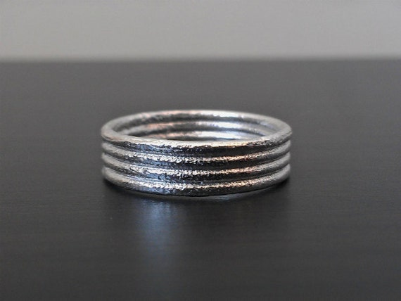 14k Gold Men's Textured Wedding Band - White, Rose, or Yellow Gold - 6mm - Rustic Texture
