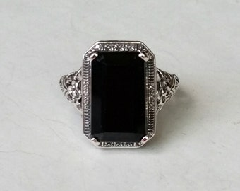 Stunning 9 ct Onyx Gemstone and Sterling Silver Antique Style Ring Victorian Art Nouveau Art Deco Bohemian Boho Gypsy Mourning Goth Bohochic