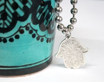 Antique silver Hamsa palm hand Moroccan amulet silver plated Bohemian Free people style Ethnic Good Luck Moroccan inspire necklace