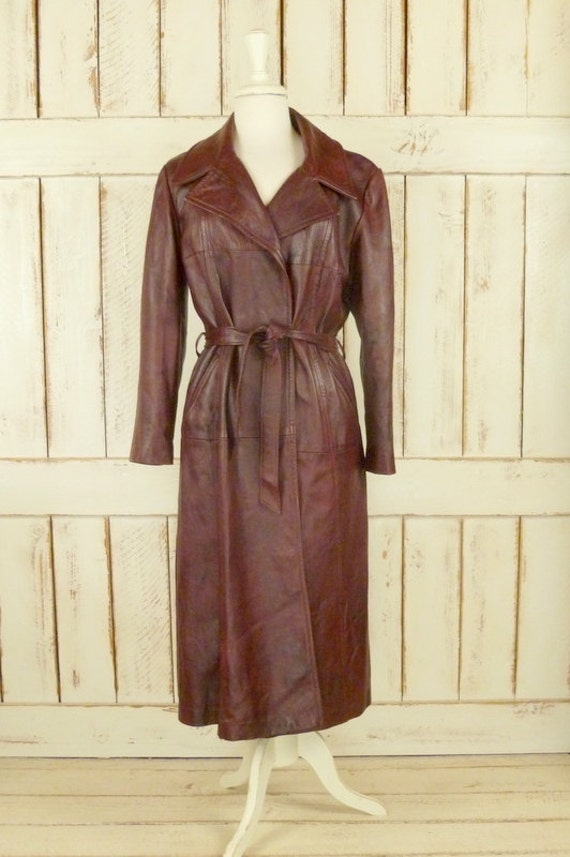 Vintage 70s long burgundy trench coat/leather spy coat