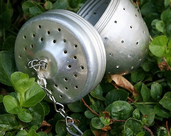 Aluminum Tea Ball Strainer  Steeper Vintage Collectable Herb Infuser