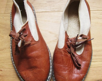 vintage leather and canvas saddle shoes / loafers