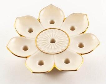 SALE! Half off! Gorgeous Lenox Lotus Candle Holder, 24k gold detail