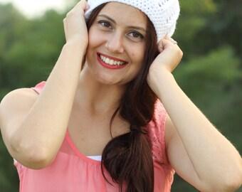 White womens hat, White beanie hat, White crochet hat, White women hat, White women beanie, White crochet beanie, White chunky hat, White
