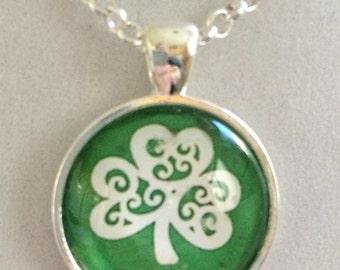 Irish Lucky Shamrock Pendant Necklace