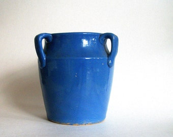 Vintage Art Pottery/ Cornflower Blue