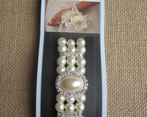 David Tutera Corsage Wristlet - Stretch off white pearl with rhinestones - Beautiful Bracelet