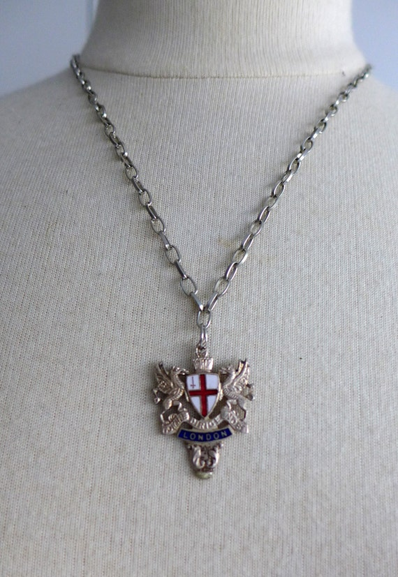 Gothic vintage collectible red and blue medieval England silver enamel crests necklace