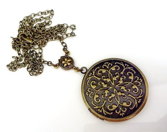 Memory Keeper Locket - Antiqued Brass with gorgeous Floral Detail