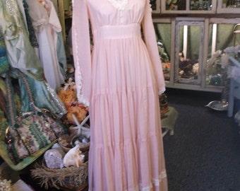 Peach Gunne Sax Gown Prom Dress
