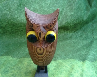Vintage Modern Wood OWL sculpture.  Modernist figure. 1960's.  Mod Kitsch.  Made in Japan.