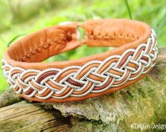 Sami Bracelet FREKE Lapland Viking Leather Bracelet in Natural Bark Cognac Brown Reindeer Leather - Handcrafted Natural Tribal Elegance