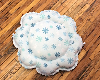 Snowflake Dog Bed Medium Large Floor Pillow