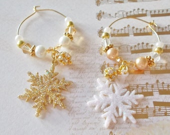 Gold Snowflake Drink Charms Set of 6 Winter Wedding Favor Winter Snowflake Table Decoration