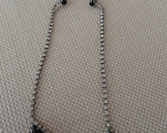 959)  Vintage Long Drop Rhinestone Pierced Earrings