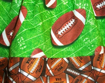 Football - elastic waist Girl's Skirt - Size Medium