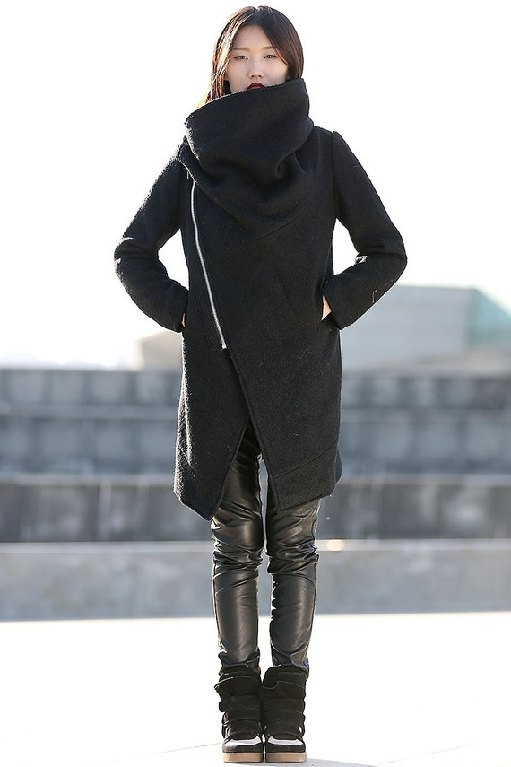 Black Winter Coat with Large Cowl Neck and Zipper Modern
